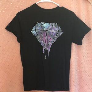 Black, diamond tee-shirt